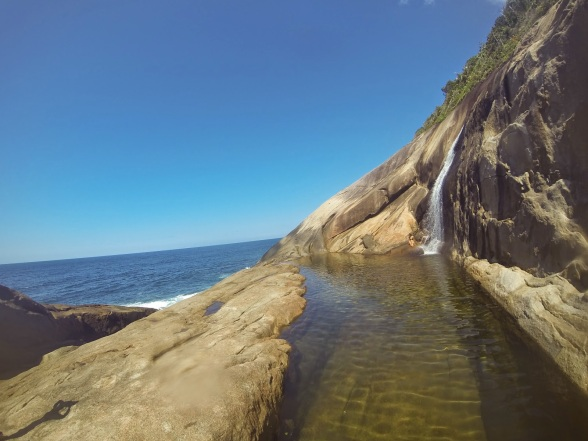 Mochila de Batom: Cachoeira do Saco Bravo - Ponta Negra - Paraty